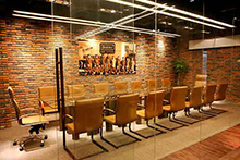 上海服装公司办公室装修设计